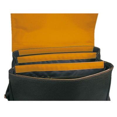 maletín con interior en naranja